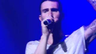 Maroon 5 - Let's Stay Together