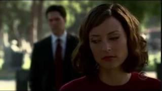 Criminal Minds 2x06 - Hotch has been following Elle