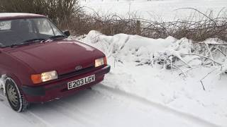 Ford Fiesta Mk2 winter snow drive on Uniroyal MS Plus 6 winter tyres.