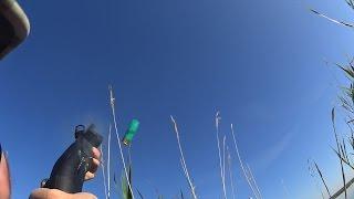 Смотреть онлайн Кадры осенней охоты на уток на водоеме