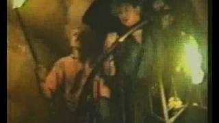 """Video thumbnail of """"Abstürzende Brieftauben - Das Grauen kehrt zurück"""""""