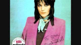 Joan Jett - Love is All Around