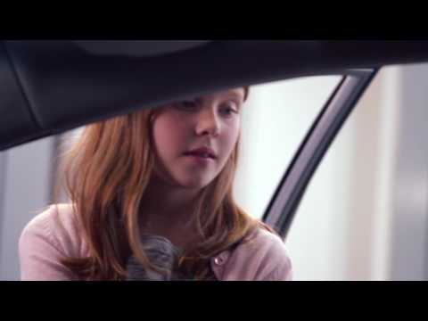 The Hyundai i40 Premium - Kids Car Tours