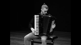I will teach you to play accordion or piano within a month
