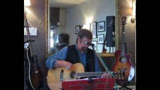 'Don't Pay The Ferryman' cover - Mike Morgan Live at The Saracen's Head