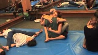 Тантра-йога, занятие в Филях 2012.wmv