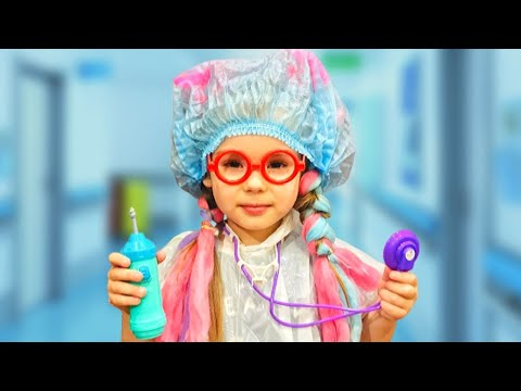 София играет в профессию как доктор