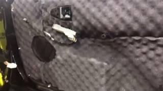 Грамотная замена акустики включает в себя не только подбор компонентов, но еще и шумоизоляцию двери