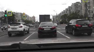 Второе правило проезда перекрестка нарушено и это не безопасно.