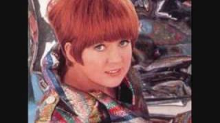 Cilla Black - You're My World video