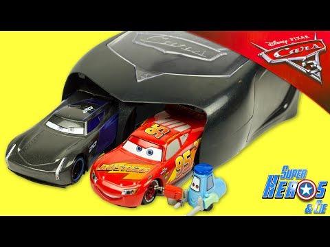 Disney CARS 3 Lanceur Pit Crew Jackson Storm Flash McQueen Disneystore Jouet Toy Review Launcher