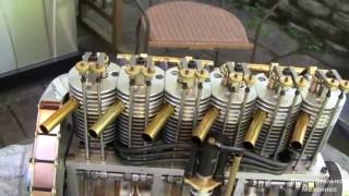 Миниатюрный шести цилиндровый двигатель