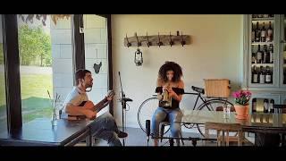 Uma Casa Portuguesa - Afonso Bag . & Jéssica Pina