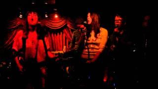 "Feist ""A Commotion"" Live at Del Monte Townhouse Secret Show"