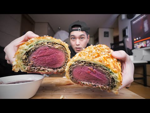 EATING BEEF WELLINGTON FOR THE FIRST TIME!