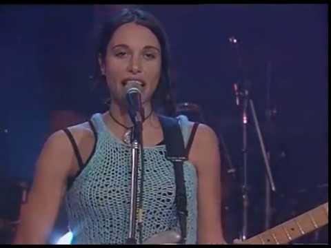 Erica Garcia video El símbolo de mi alma - CM Estudio 1998