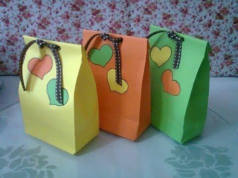 DIY τσάντες δώρων από χαρτόνι
