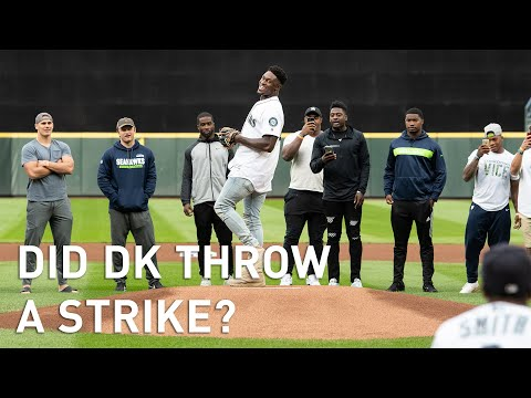 Mic'd Up: Seahawks Rookie DK Metcalf Throws Out Mariners First Pitch