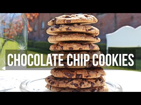 The Best Chewy Café-Style Chocolate Chip Cookies – Riesenkekse mit gehackter Schokolade