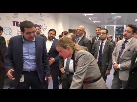 الوزير/عمرو نصار ونظيرته الفرنسية خلال تفقد شركة (فاليو مصر ) بالقرية الذكية