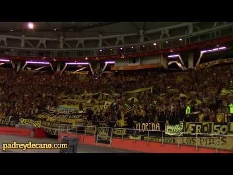 """""""""""Carbonero no le falles a tu gente"""" - Peñarol en La Plata"""" Barra: Barra Amsterdam • Club: Peñarol"""