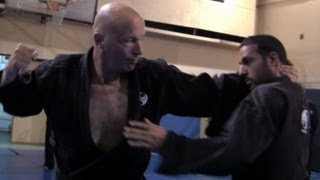 Ninjutsu techniques against Muay Thai full clinch, Yossi Sheriff, AKBAN