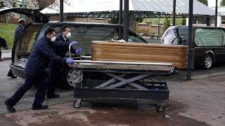 Первая смерть в Питере, полное закрытие границ. Коронавирус в России