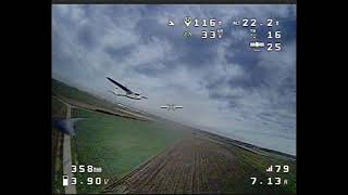 FPV KWAD - chasing airplane and flying backwards