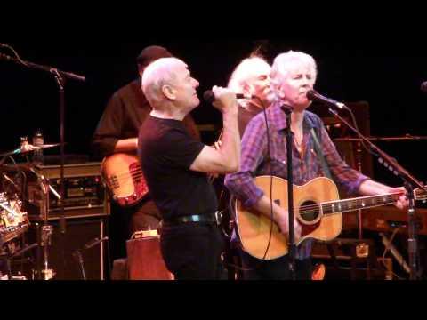 Graham Nash & Allan Clarke (former Hollies) sing Bus Stop with David Crosby