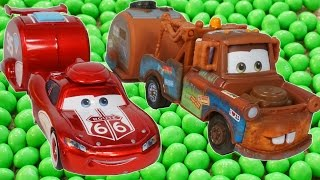 Lightning Mcqueen and Mater Find Magic Beans!!! Funny Cars Toon Candy