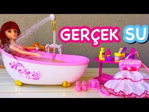 Türkiyede ilk GERÇEK SU AKITAN OYUNCAK BANYO SETİ ve Bebek Piccolo Mondi