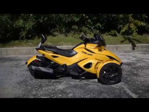 2013 Can-Am Spyder® ST-S SE5 in Wauconda, Illinois - Video 1