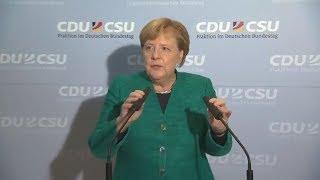 UNIONSFRAKTION WÄHLT FREMD: Noch ein bitterer Moment für Merkel