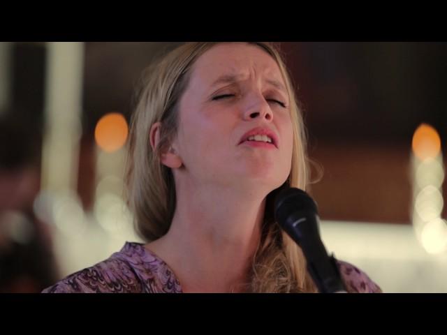 Ingrid Olava – Her kommer vinteren