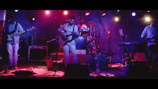 Iram - Karegar (Live at The Humming Tree) - music.iram