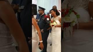 Entrée Des Mariés Avec Tango Naye Du Pasteur Moïse Mbiye Avec Maman Elyane Nitu