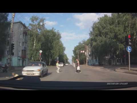 Женщина за рулём ВАЗ-2114 сбила девочку в Кирове