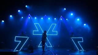 CHVRCHES - Get Away (live at O2 Academy Brixton)