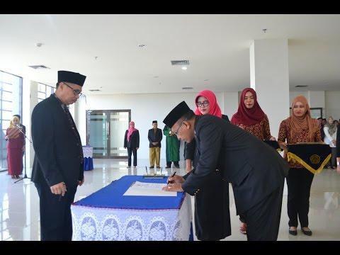 Dok Humas Untad, Pelantikan dan Serah Terima Jabatan Pejabatn Struktural Eselon IIa, IIIa, dan IVa serta Kepala UPT Sumber Daya Hayati Sulawesi (SDHS) dabn Pengukuhan Pengelola Pusat Kreativitas Mahasiswa dan Pengembangan Karir di Lingkungan Universitas Tadulako (29-2-2016)