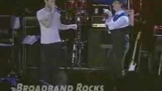 Rob Thomas and Maroon 5 - Harder to Breathe