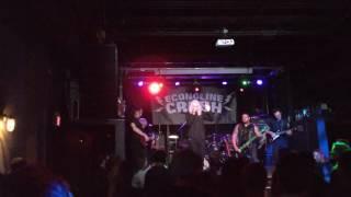 Econoline Crush - Burnt (Live Clip)