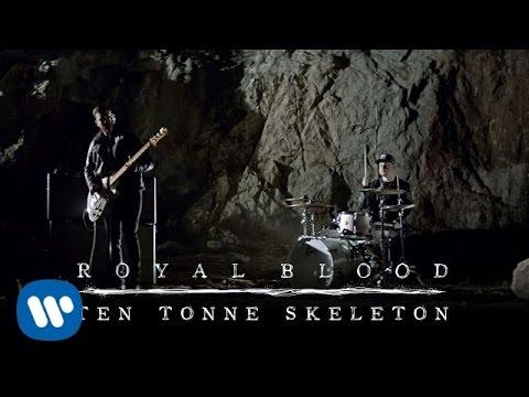 Ten Tonne Skeleton performed by Royal Blood