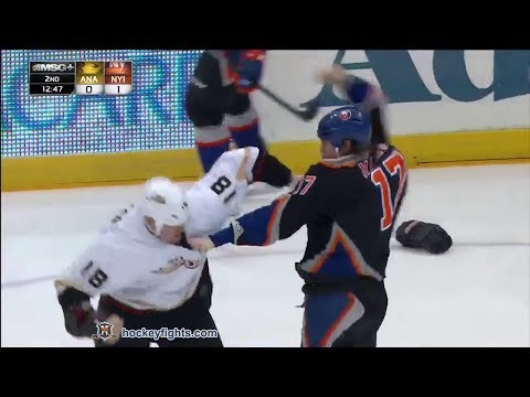 Matt Martin vs. Tim Jackman