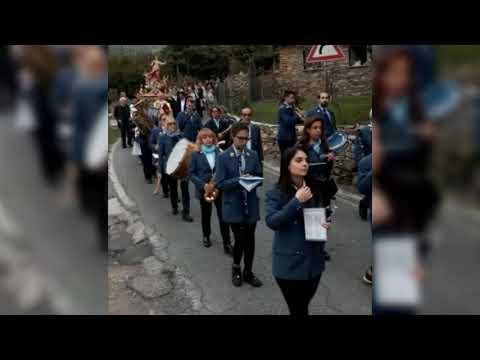 AD AQUILA D'ARROSCIA LA PROCESSIONE IN ONORE DELLA PATRONA SANTA REPARATA