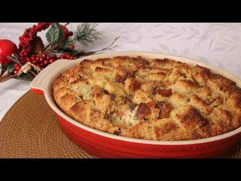 Panettone Bread Pudding Recipe – Laura Vitale – Laura in the Kitchen Episode 272