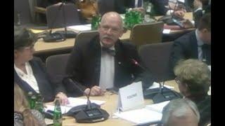 Uwaga merytoryczna Janusza Korwin-Mikkego