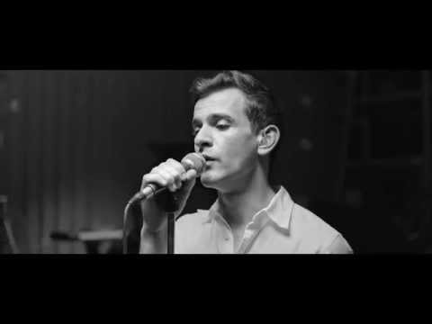Diamonds (Live) (Song) by Josef Salvat