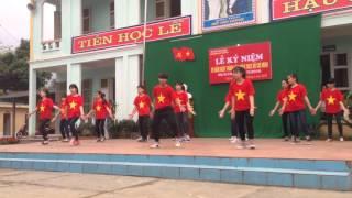 Nhảy flashmob 26-3 mashup. Luv