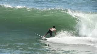The rights always right! Surfing El Salvador with Lucca Barbieri