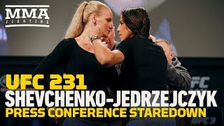 UFC 231: Valentina Shevchenko vs. Joanna Jedrzejczyk Press Conference Staredown - MMA Fighting
